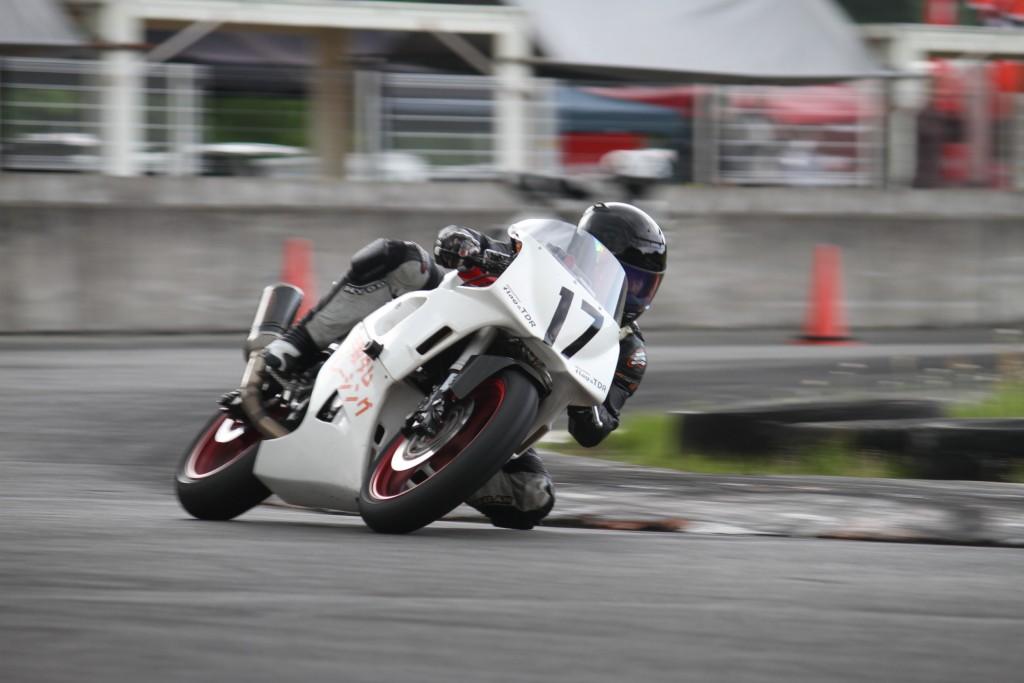 ストリートアンダー400ccクラス優勝宮崎